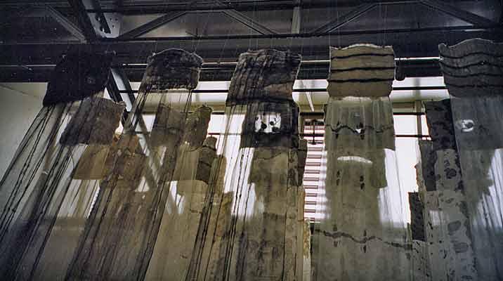 Soulmates, detail, Expositie Weverij-Museum Geldrop 2005